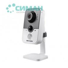 1.3МП IP видеокамера Hikvision c PIR датчиком DS-2CD2412F-I (4 мм)
